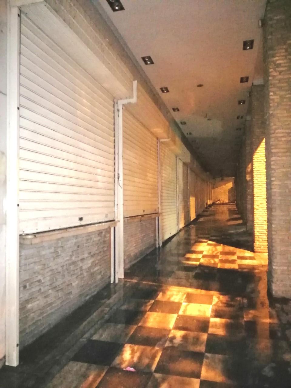 Δήμος Αθηναίων: Επιχείρηση αντιγκράφιτι στο κέντρο -Ελαμψαν μάρμαρα, τοίχοι, περίπτερα, ρολά καταστημάτων [εικόνες]