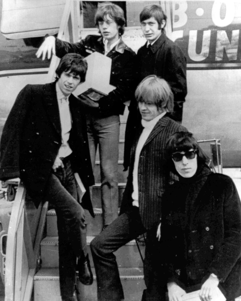 Μικ Τζάγκερ, Κιθ Ρίτσαρντς, Μπράιαν Τζόουνς και Μπίλ Γουάιμαν των Rolling Stones