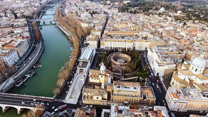 Αεροφωτογραφία της Ρώμης όπου διακρίνεται το κυκλικό Μαυσωλείο του Αυγούστου