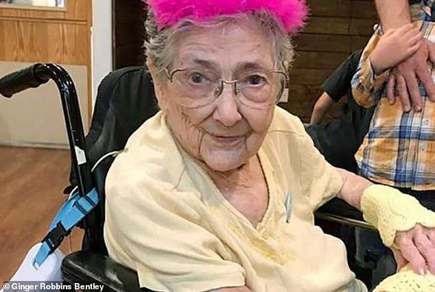 Η Ρόουζ Μαρί Μπέντλεϊ στα 99 της χρόνια.