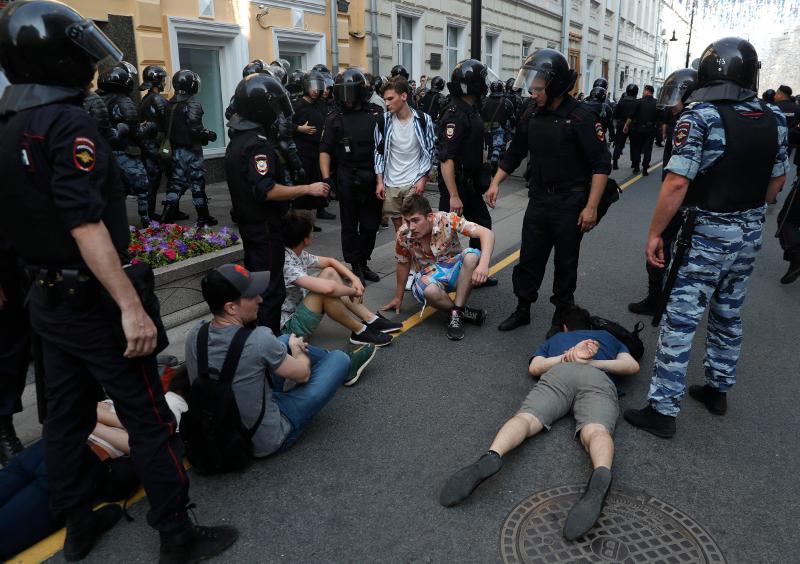 Η αστυνομία προχώρησε σε χιλιάδες συλλήψεις διαδηλωτών / Φωτογραφία: AP