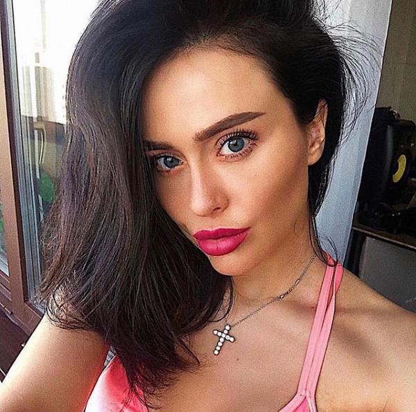Selfie Ρωσίδας μοντέλας