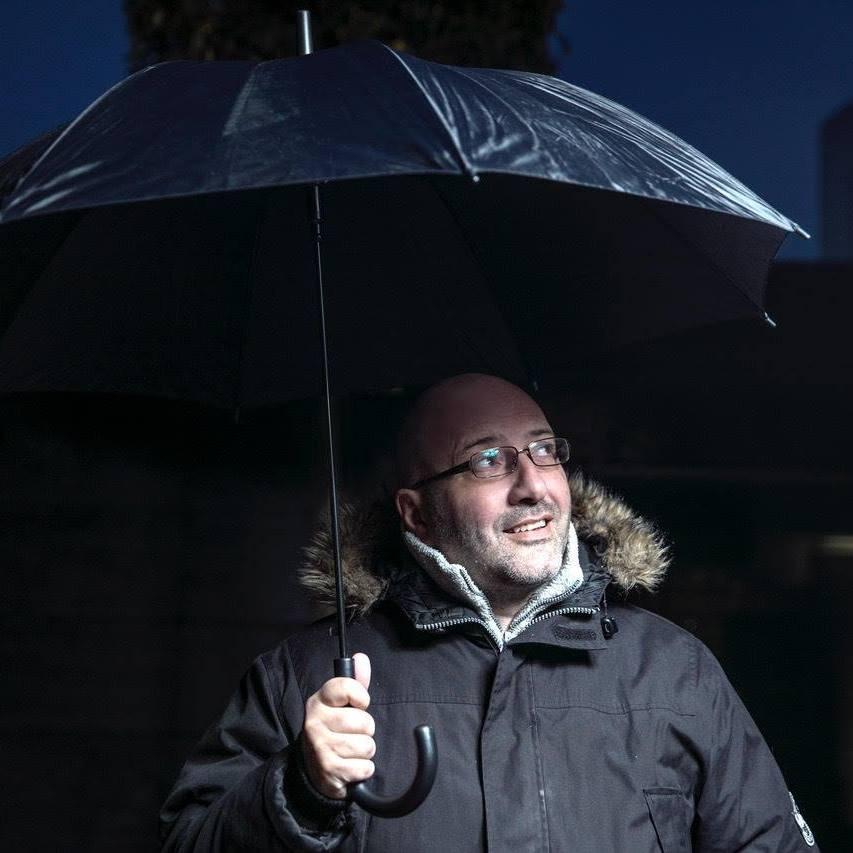 O μετεωρολόγος της δημόσιας τηλεόρασης κατέβηκε υποψήφιος με το ΚΙΝΑΛ