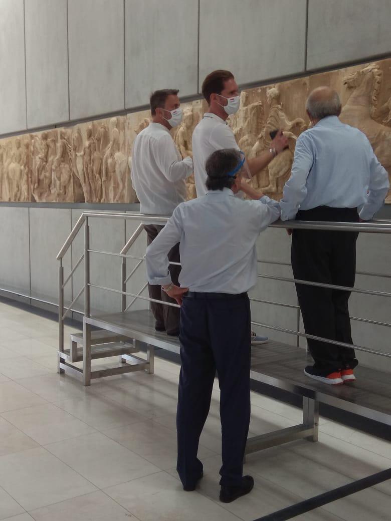 Ξενάγηση στο Μουσείο της Ακρόπολης από Σαμαρά Παντερμαλή για τον πρωθυπουργό του Λουξεμβούργου