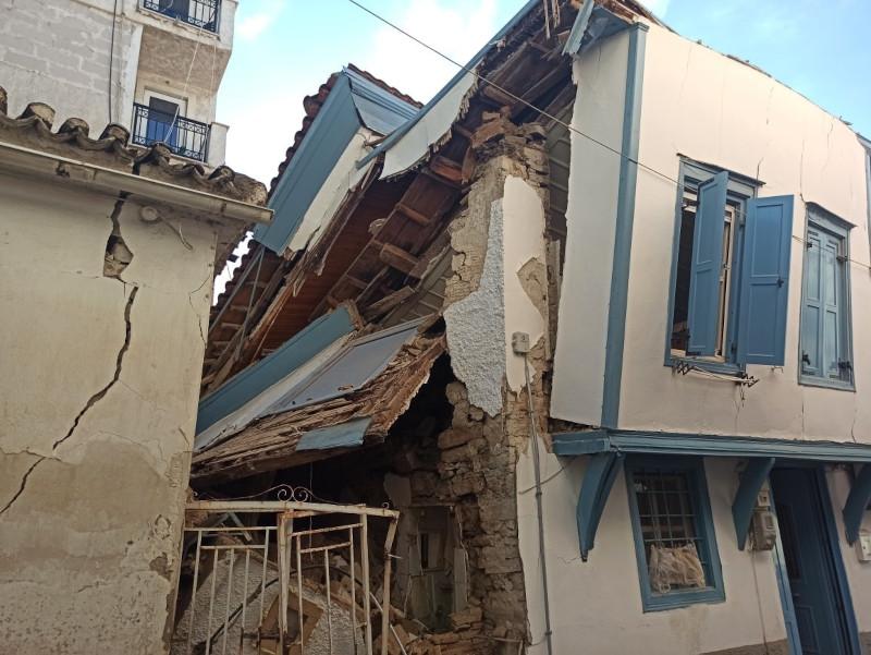 Μεγάλη καταστροφή σε κτίριο στην Σάμο