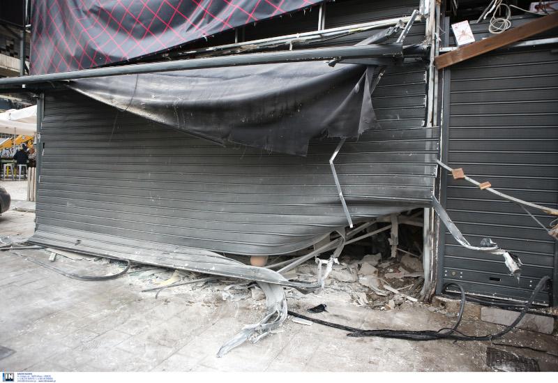 Ισχυρή έκρηξη σημειώθηκε έξω από ένα κατάστημα sex shop τα ξημερώματα στην Ιερά Οδό.