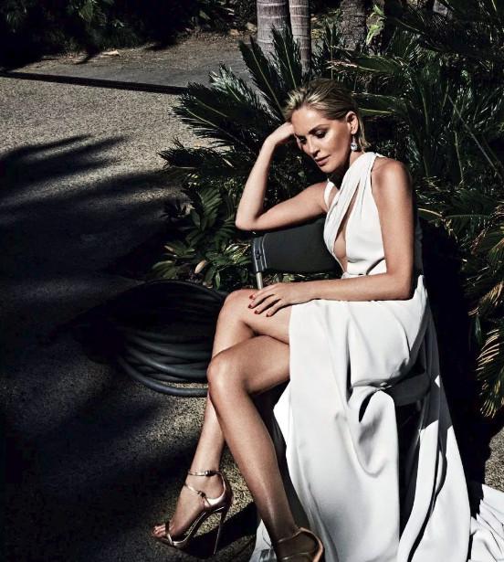 Η φωτογράφιση της Σάρον Στόουν για τη Vogue