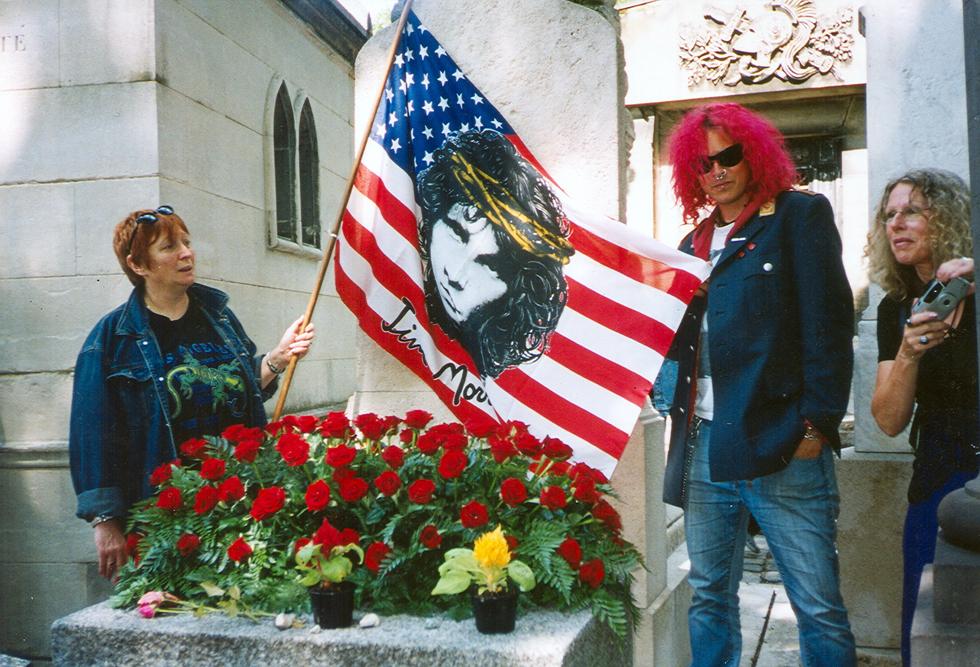 Ο τάφος του Τζιμ Μόρισον όπως είναι σήμερα