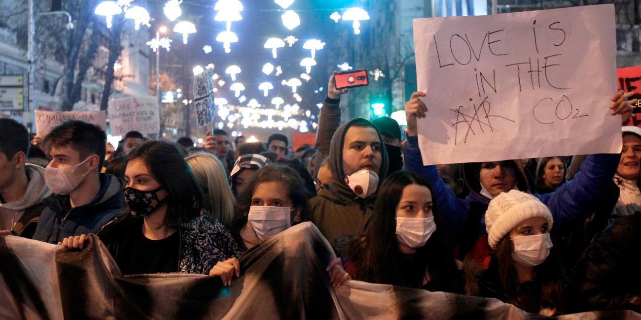 Τα Σκόπια πνίγονται από την ατμοσφαιρική ρύπανση -Πορεία διαμαρτυρίας στην πόλη