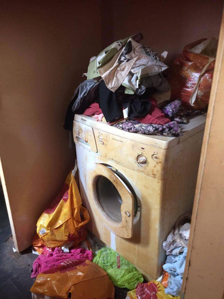Σκουπίδια πεταμένα παντού