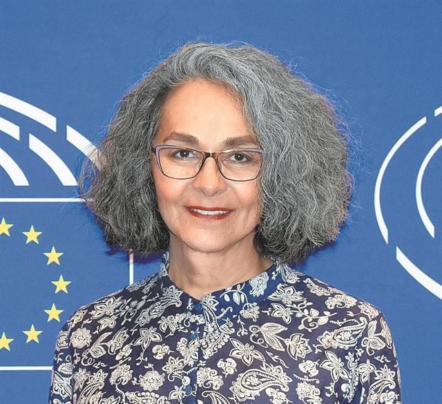 Η Σοφία Σακοράφα εκλέγεται βουλευτής με το ΜέΡΑ25