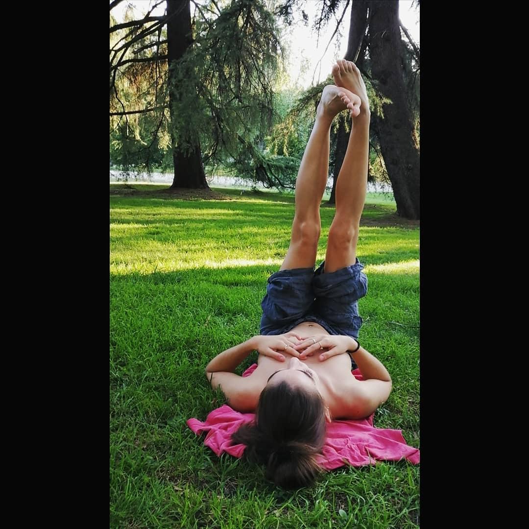 Σοφίνα Λαζαράκη τόπλες στο πάρκο