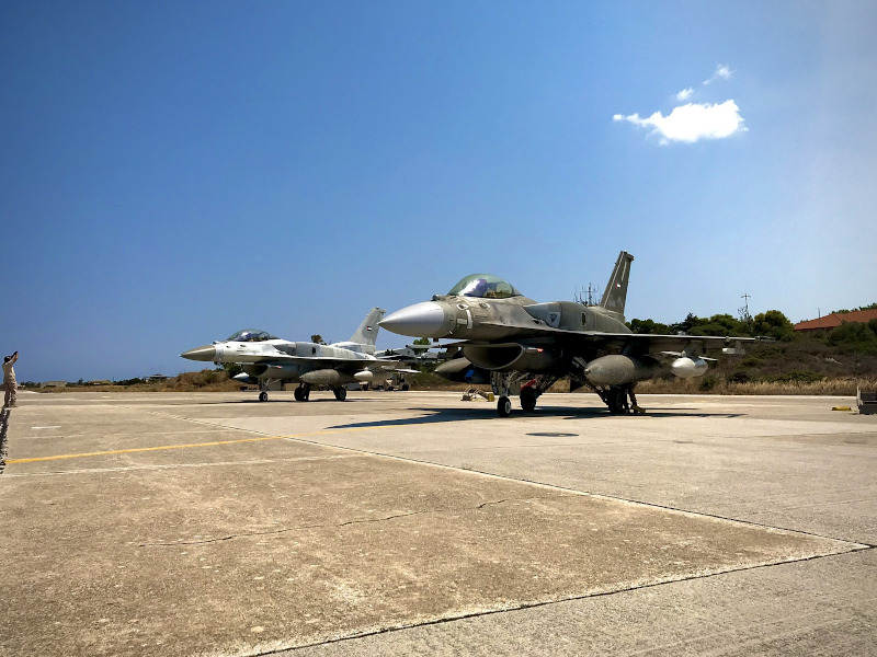 Σούδα μαχητικά αεροσκάφη των Ηνωμένων Αραβικών Εμιράτων