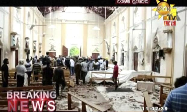 Μέσα σε εκκλησία μετά την έκρηξη