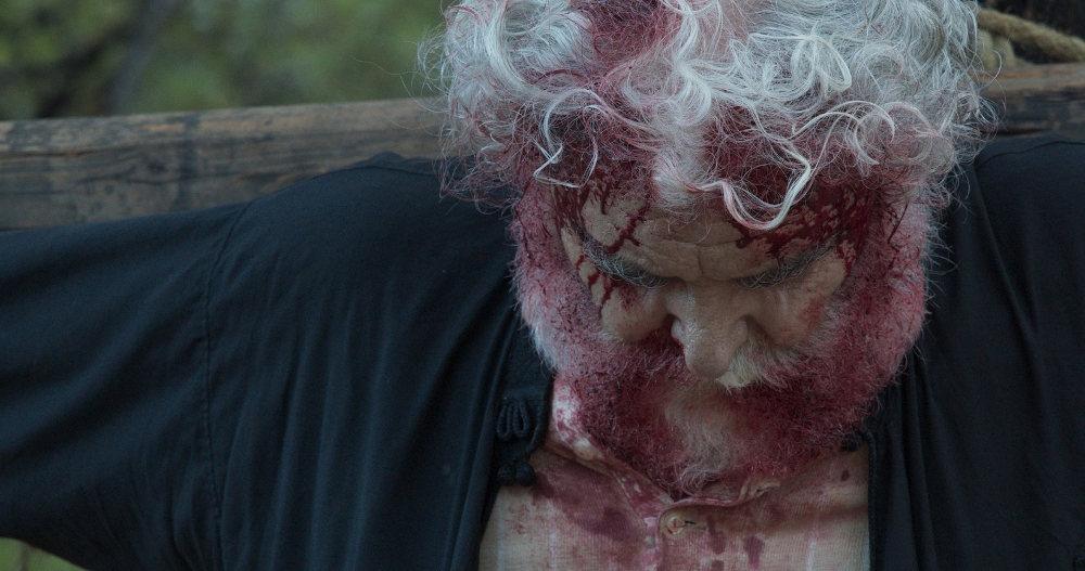 Ο Μητροπολίτης Θεόκλητος κατέληξε σταυρωμένος στο επεισόδιο της Δευτέρας στο «Κόκκινο Ποτάμι»