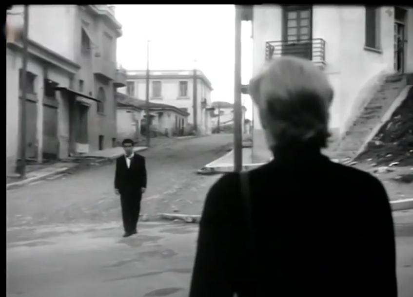 Ο Γιώργος Φούντας κατεβαίνει την οδό Ιουστινιανού