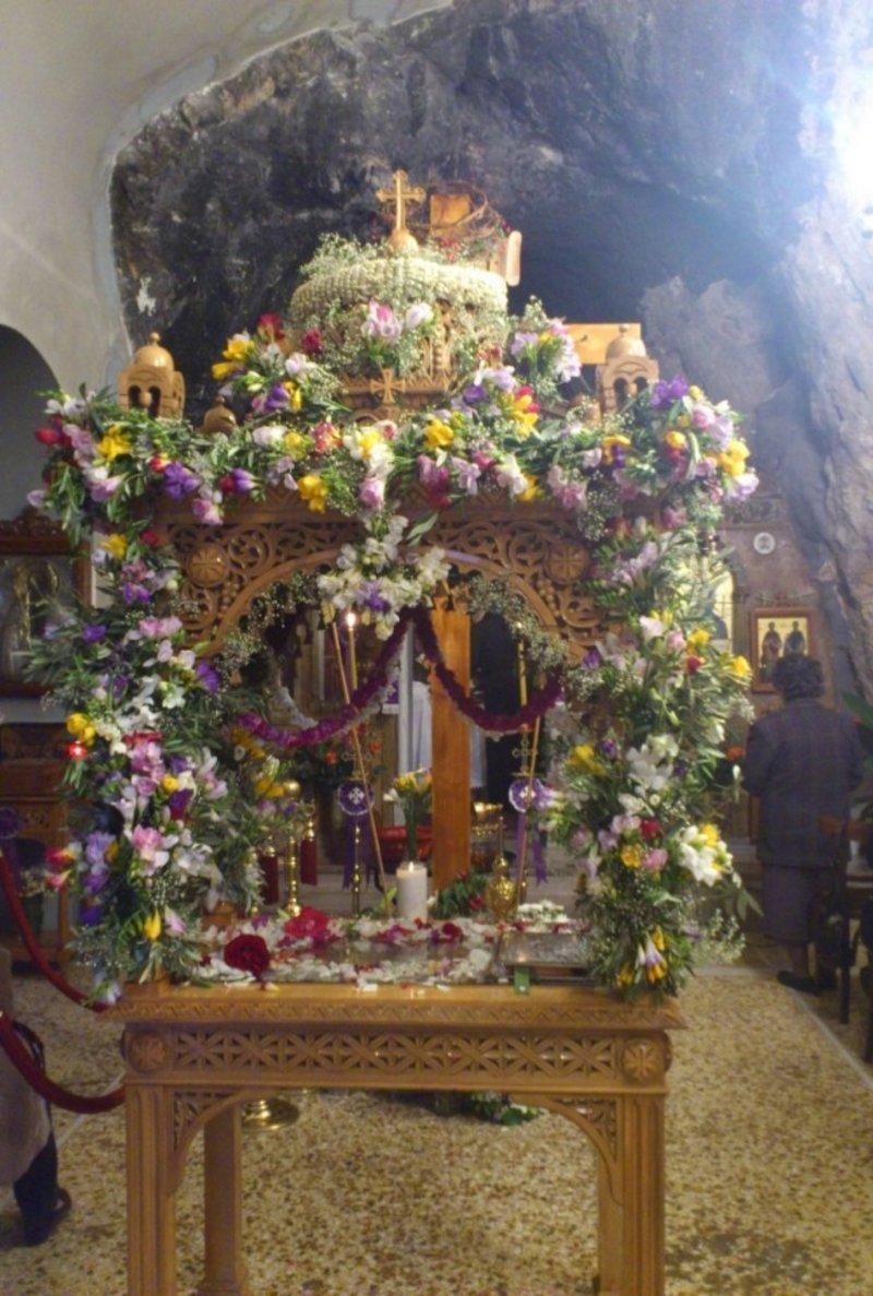 Στολισμένος με λουλούδια Επιτάφιος