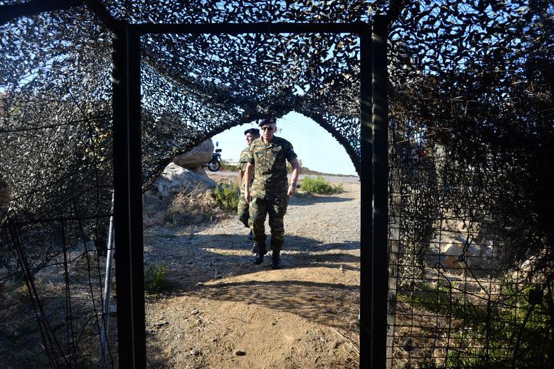 διχτυ στρατιωτικο τούνελ