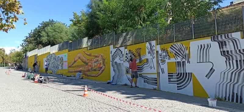 καλλιτέχνες χρωματίζουν με την Τέχνη τους την Αθήνα