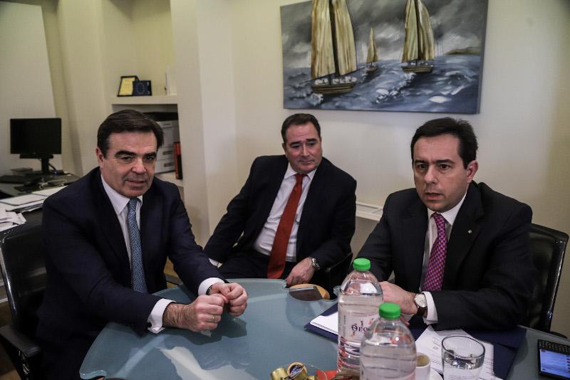 Συνάντηση του υπουργού Μετανάστευσης και Ασύλου Νότη Μηταράκη με τον Μαργαρίτη Σχοινά, αντιπρόεδρο της Ευρωπαϊκής Επιτροπής αρμόδιο για την Προώθηση του Ευρωπαϊκού Τρόπου Ζωής