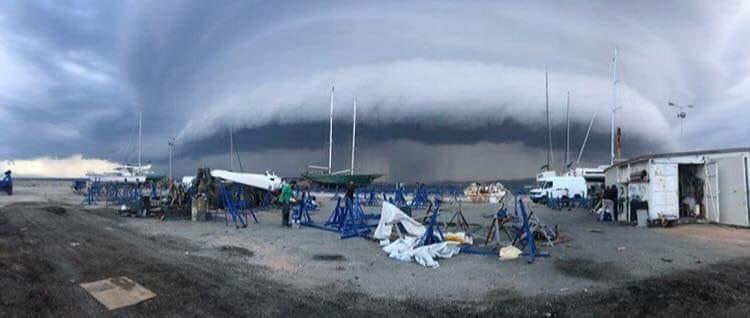 Την ώρα που έμπαινε η καταιγίδα στο λεκανοπέδιο της Αττικής
