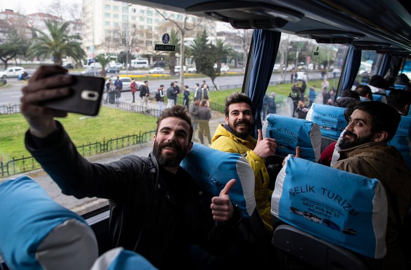σύνορα έβρος πρόσφυγες λεωφορείο