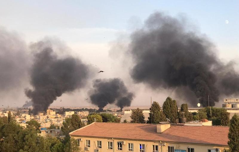 Πολλά σπίτια τυλίχθηκαν στις φλόγες / Φωτογραφία: Twitter