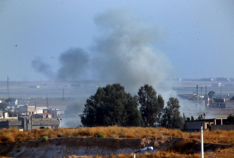 Καπνοί από βομβαρδισμό στη Συρία