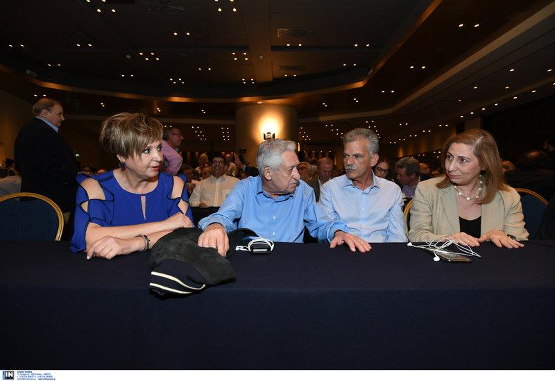 Στο τραπέζι Ολγα Γεροβασίλη, Φώτης Κουβέλης, Σπύρος Δανέλλης, Μαριλίζα Ξενογιαννακοπούλου