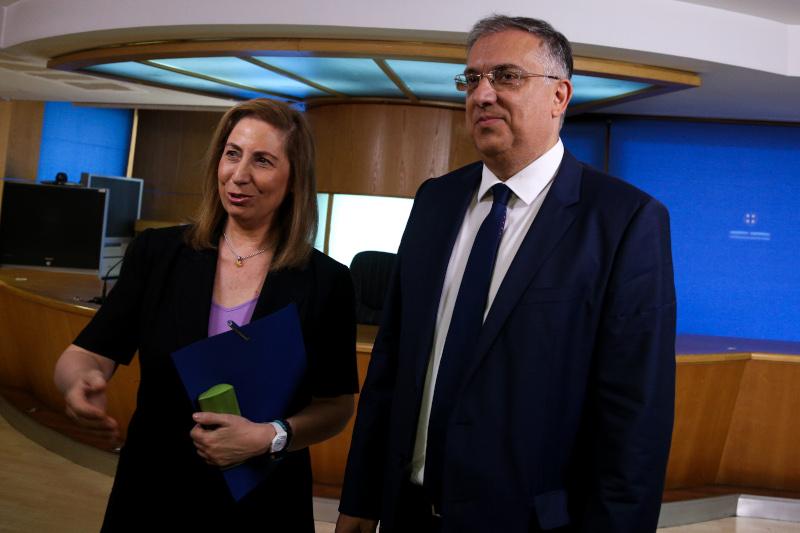 Ο Τάκης Θεοδωρικάκος και η Μαριλίζα Ξενογιαννακοπούλου