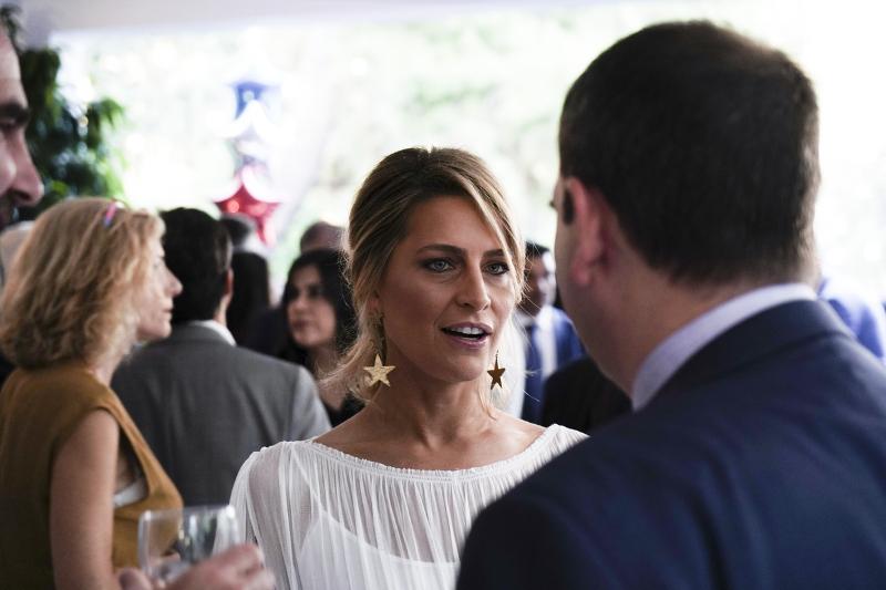 Τατιάνα Μπλάτνικ στη δεξίωση του Αμερικανού πρέσβη
