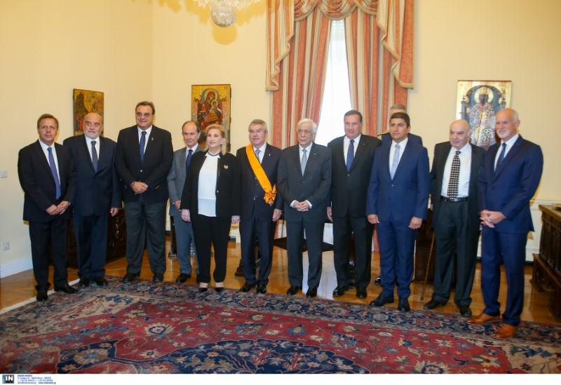 Τελετή απονομής του παράσημου του Μεγαλόσταυρου του Τάγματος του Φοίνικος στον Πρόεδρο της ΔΟΕ Τόμας Μπαχ