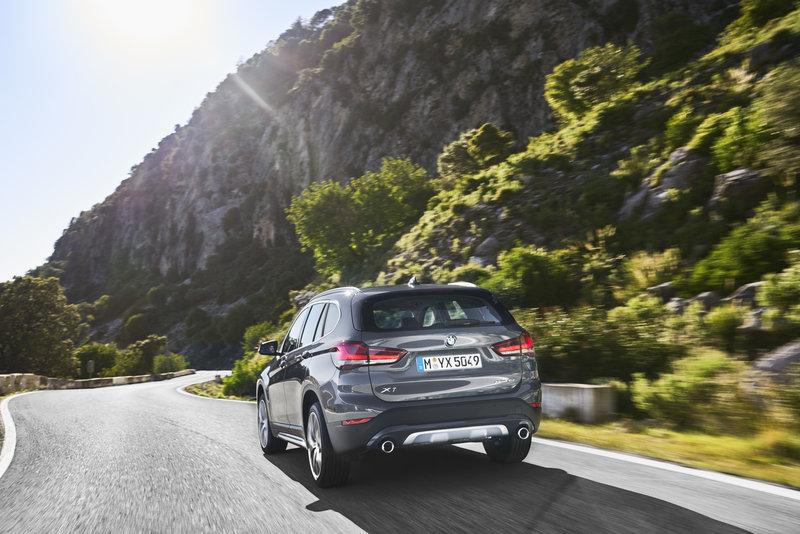 Η plug-in υβριδική BMW X1 μπορεί να διανύσει πάνω από 50 km μόνο με ηλεκτροκίνηση
