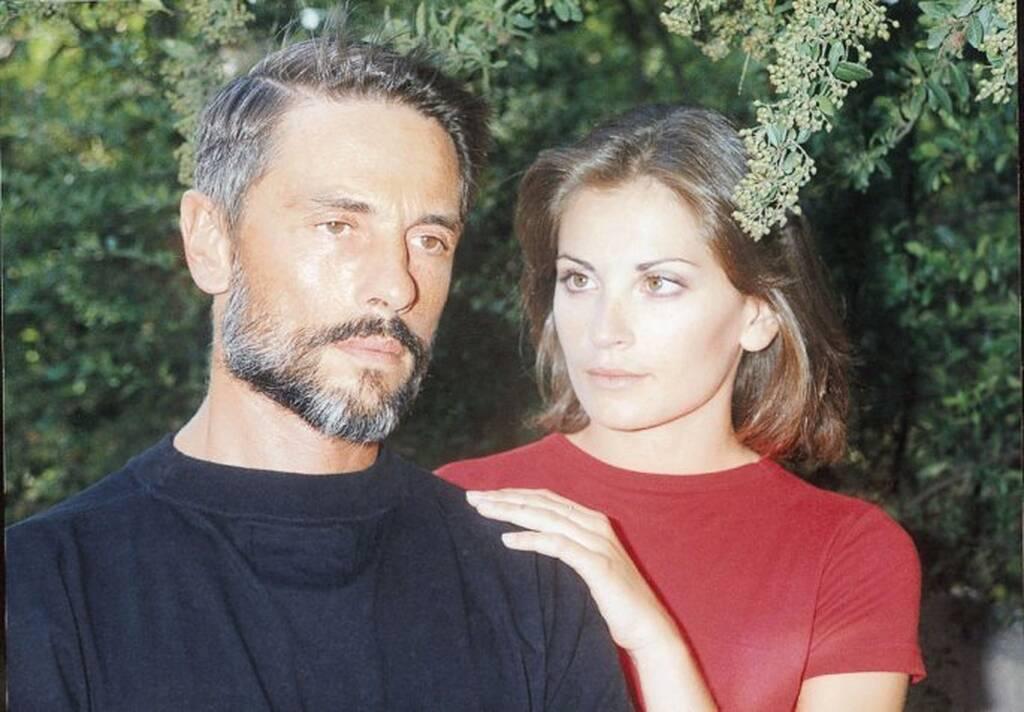 Σταύρος Ζαλμάς και Θεοφανία Παπαθωμά στη σειρά του Μανούσου Μανουσάκη, «Άγγιγμα Ψυχής», το 1998