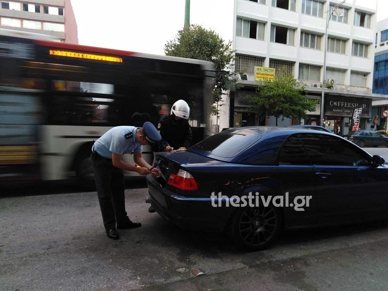 Κοινή επιχείρηση για την απομάκρυνση παράνομα παρκαρισμένων αυτοκινήτων