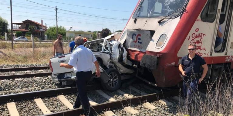 Το τρένο έχει χτυπήσει το ΙΧ