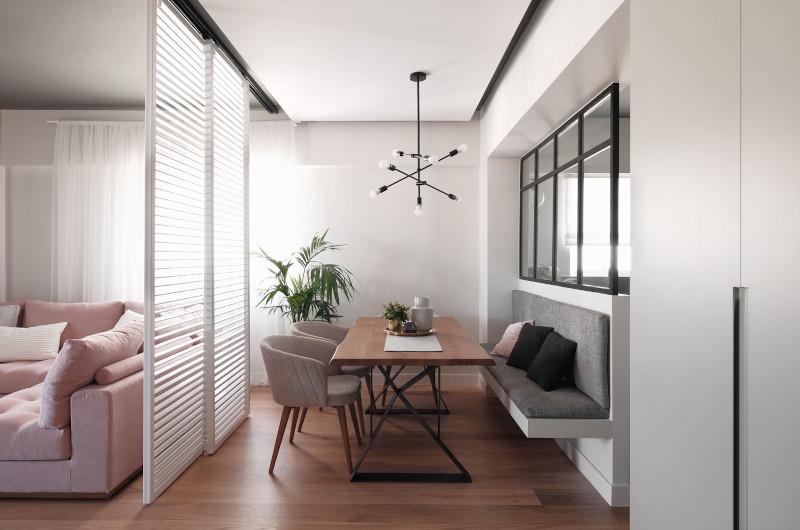 Σαλόνι και τραπεζαρία σε διαμέρισμα στην Ανω Γλυφάδα