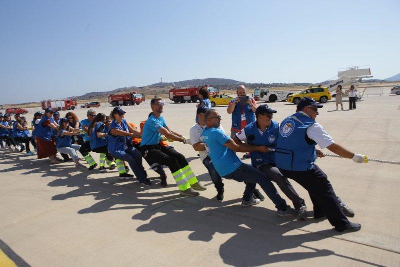 Τραβάνε Boeing στο αεροδρόμιο «Ελ. Βενιζέλος»