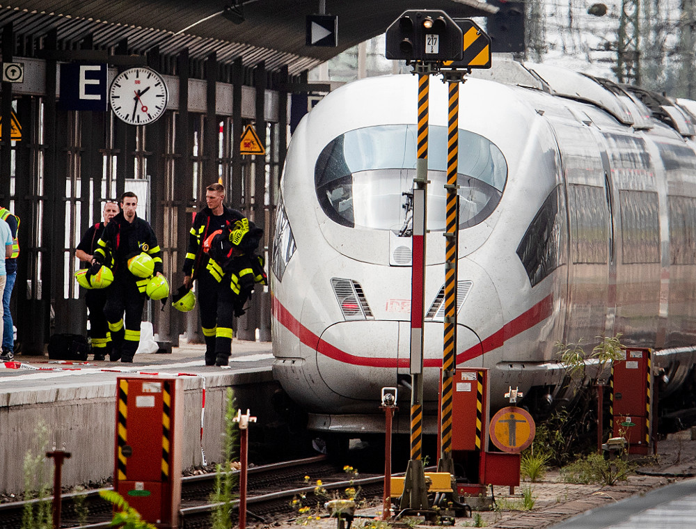Σοκαρισμένη η κοινή γνώμη από την δολοφονία του 8χρονου που ο 40χρονος δράστης έσπρωξε στις γραμμές του τρένου