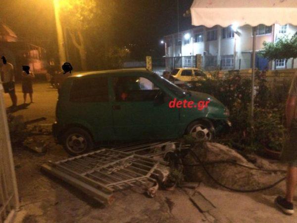 Το πράσινο ΙΧ που ενεπλάκη στο τροχαίο ατύχημα