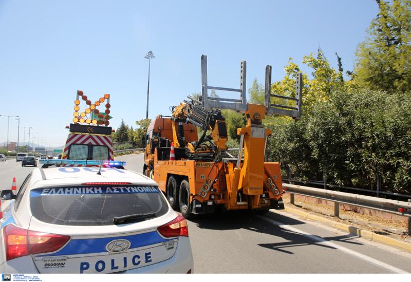 Τροχαίο στην Αθηνών-Λαμίας: Φωτογραφία: INTIME NEWS