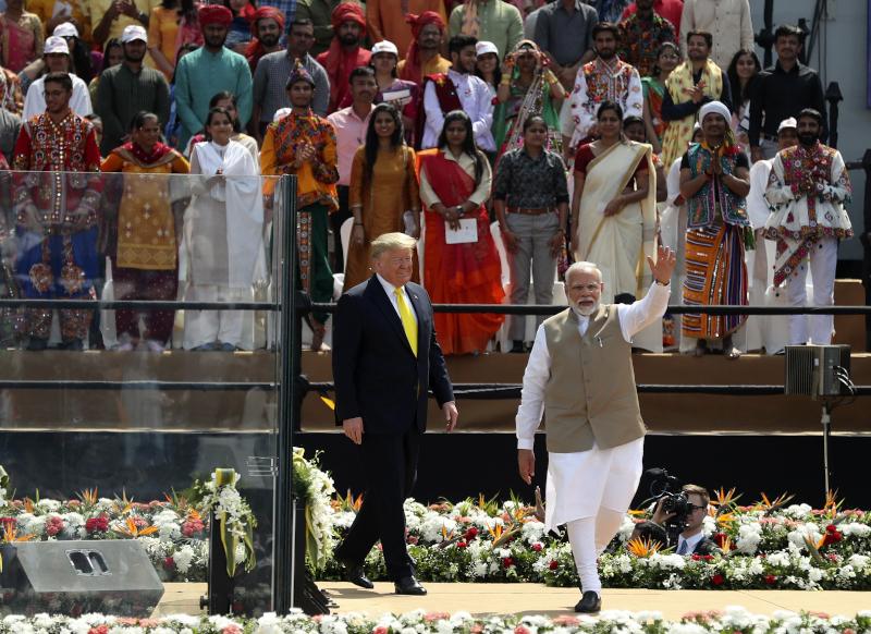 Ο Ινδός πρωθυπουργός με τον Αμερικανό πρόεδρο