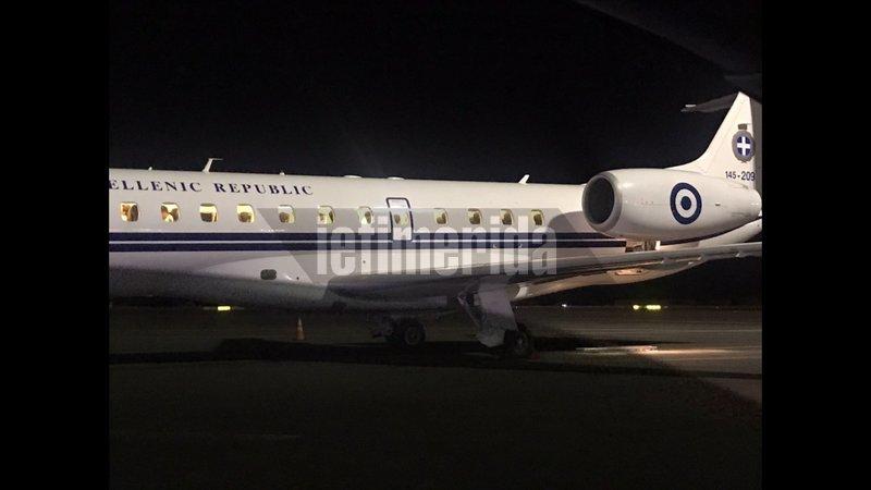 Το πρωθυπουργικό αεροσκάφος στο αεροδρόμιο του Ηρακλείου