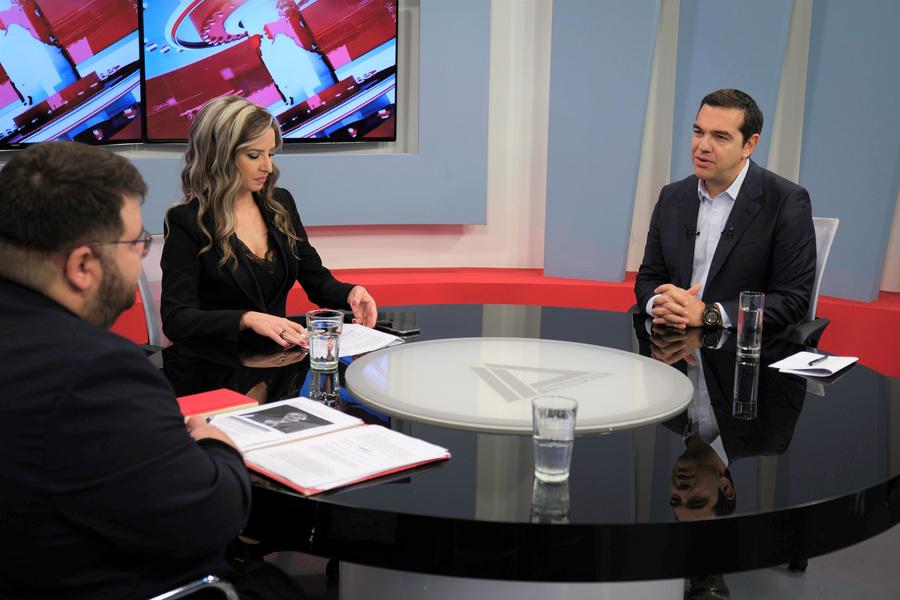 Ο Αλέξης Τσίπρας στην τηλεόραση ΔΕΛΤΑ της Αλεξ/πολης με τους Χριστίνα Κουματζίδου, Α. Τελόπουλο