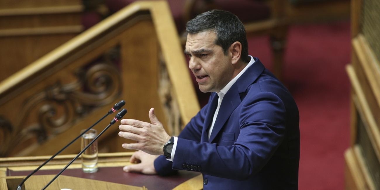 Ο Αλέξης Τσίπρας στο βήμα της Βουλής για την ψήφο εμπιστοσύνης