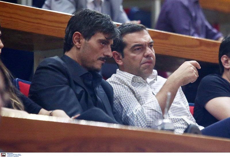 Ο Αλέξης Τσίπρας με τον Δημήτρη Γιαννακόπουλο στο ΟΑΚΑ