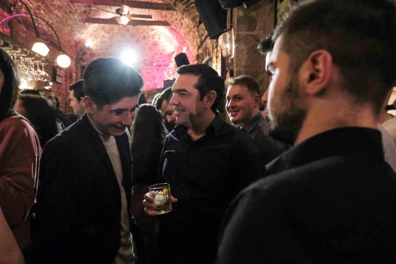 Συζήτηση του Αλέξη Τσίπρα με νέους και νέες των Ιωαννίνων