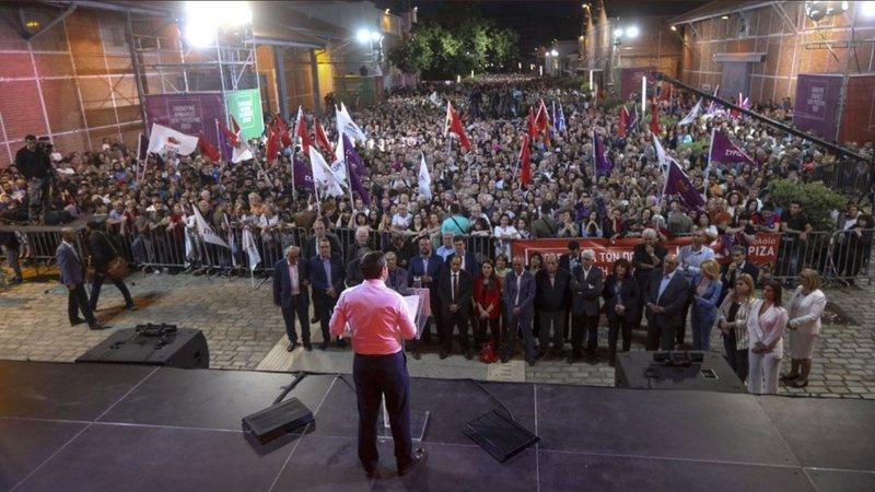 Ο Αλέξης Τσίπρας μιλά στη Θεσσαλονίκη
