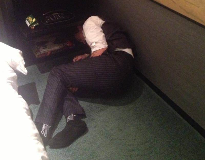 Τζόνι Ντεπ κοιμάται στο μπάνιο