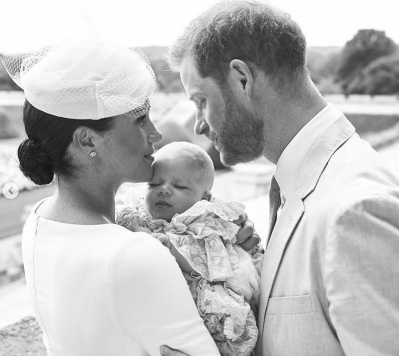 Η Μέγκαν Μαρκ και ο πρίγκιπας Χάρι μαζί με το γιο τους, Άρτσι